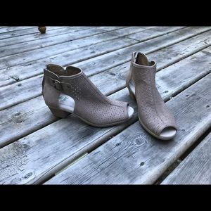 Planet Grey Rose shoes